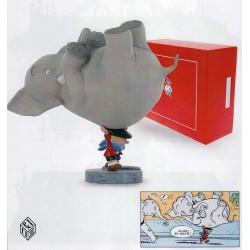 Figurine Benoît Brisefer portant l'éléphant - Peyo- Pixi - 01700
